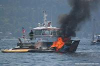 Walt Ottenad's gallery of an amazing series of the U-21 burning to the waterline at the 2006 ABRA Chevrolet Cup at Seafair